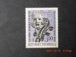 音楽と演劇のアカデミア150年―仮面とバイオリン 1種完 未使用 1967年 オーストリア共和国 VF/NH