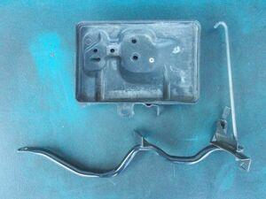 ダイハツ タント カスタム RS CBA-L375S - バッテリーステー  - 464-058-B