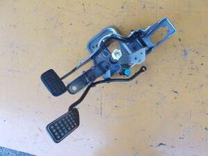 ダイハツ タント カスタム RS CBA-L375S - ブレーキペダル アクセルペダル ASSY - 464-053-C