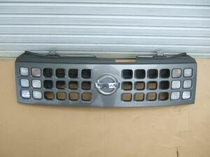 Z11 キューブ フロントグリル 左右ウインカー付 62310-3U000