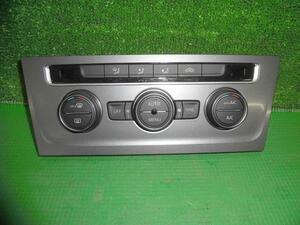 VW ゴルフヴァリアント ワゴン DBA-AUCJZ エアコンパネル エアコンスイッチパネル