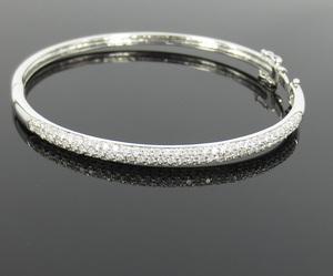 ◆ミクロパヴェ◆装着感抜群《1.75ct ダイヤモンド》K14・バングル・ブレスレット