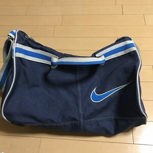 【値下げ】ナイキのスポーツバッグ