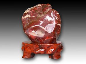 紅加茂石 水石 景石 磨き 鑑賞石 台付き 高さ約47.5cm×幅約35.4cm×奥行約33.4cm 天然石 希少