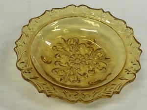 昭和中期のガラス皿 未使用 新品 飴色ガラス 14.6cm 皿 プレート