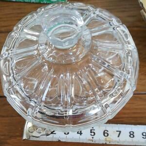 ふた付ガラス製小蜂