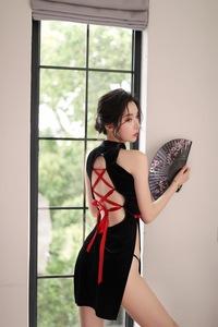 セクシー チャイナ服 背中空き 黒 ブラック スリット ドレス ハロウィン コスプレ テーマパーク レディース SNS インスタグラム 自撮り