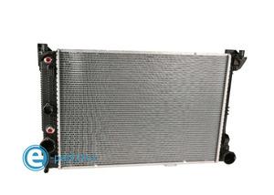 ベンツ ラジエター ラジエーター C300 C350 CLS400 CLS550 E300 E350 E400 E550 GLK250 GLK350 2045003603!!