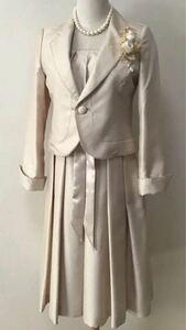 【ホワイトジョーラ】ワンピーススーツ