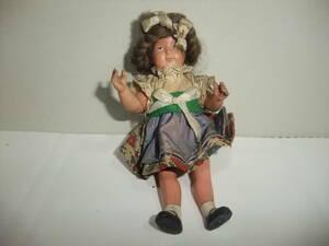セルロイド製の古い小さな人形