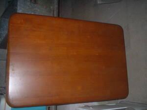 中古品テーブル