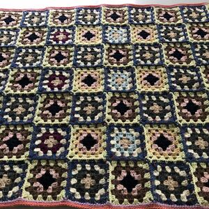 ハンドメイド ◆モチーフつなぎ かぎ針編み ひざ掛け 大きめ