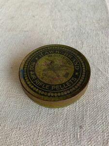 アメリカの古いアイアン円形ケース シャビー保存珍品レトロアンティークビンテージ古道具コレクションインテリアディスプレイ収納小物入れ