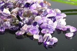 【送料無料】 200g さざれ 小サイズ アメジスト 紫 水晶 アメシスト パワーストーン 天然石 ブレスレット 浄化用 さざれ石 チップ ※5