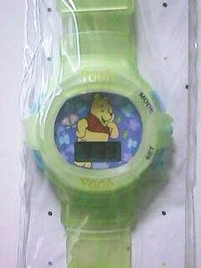 ディズニー クマのプーさん 腕時計(新品)