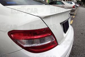 ベンツ W204 セダン トランクスポイラー AMG 未塗装
