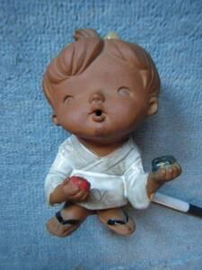 《旧家・蔵出し》《とても可愛い男の子の瀬戸人形》昭和レトロ