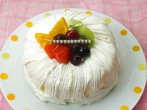ふんわりシフォン~フルーツ仕上げ~お誕生日にも・・