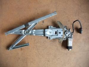 KUGNC22/バネット/ラルゴ/右フロントドアPWモーター/右フロントドアレギュレーター/右/フロント/ドア/PW/モーター/レギュレーター/前