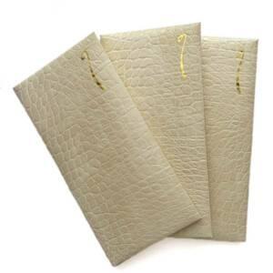 送料込み★リサイクルレザーで作ったぽち袋3枚組★お札を折らないタイプ★のし★クロコ型押しクリーム