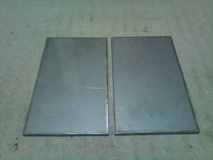 295★sus304 2B ステンレス切板 端材40×70 2mm 2枚