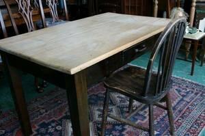 イギリスアンティーク家具 アンティーク/キッチンテーブル アンティークテーブル デスク テーブル 英国製 157a