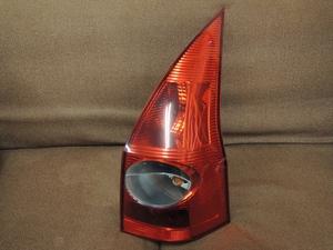 右テールレンズ/ライト/ランプ ルノー メガーヌ ツーリングワゴン 2.0 グラスルーフ GH-KMF4 愛知県から発送 送料安い!手渡し可能!M2