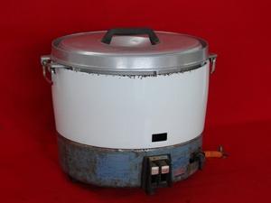 【Rinnai/リンナイ/業務用ガス炊飯器/3升炊き/30号/LPガス用】厨房機器