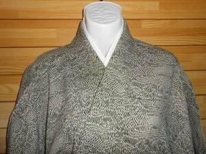即決!◆正絹・深緑と白(網のような柄)落ち着いたお着物です◆