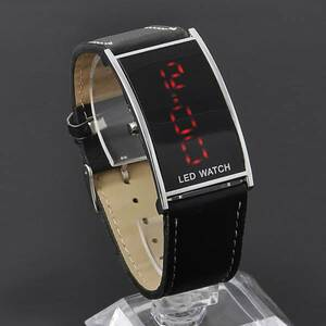 LEDデジタルウォッチ (腕時計)メンズ 生活防水 見やすい液晶大画面 黒 シンプル デジタル時計 レザー調