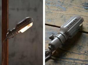 NO.04006 古いミシンライト SINGER 検索用語→Aアンティークビンテージシンガー照明工業系古道具インダストリアル