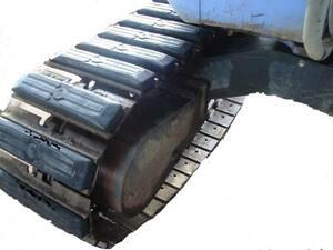 ゴムパット 300幅 新品 84枚 各メーカー対応 期間限定お買得品 コマツ キャタピラー 日立 ヤンマー コベルコ 重機 ユンボ