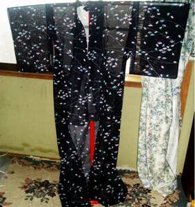 絽織 夏用 黒地に水色・紫 花・扇 単着物