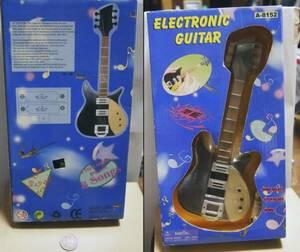 ●リッケンバッカー325の玩具。