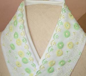 7【さくら】手縫い・可愛らしいポンポン花チュールレース半襟