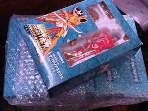 初回国内限定生産 聖闘士星矢 THE MOVIE BOX フィギュア付き