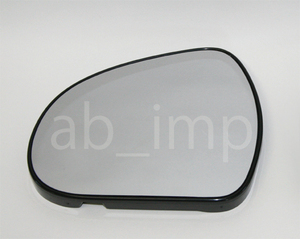 Peugeot 308 mirror lens left side damage . worried. person .