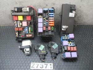 Renault es Pas JK0F V4Y AT fuse box computer relay etc. 7 point H18 year No.Z7371
